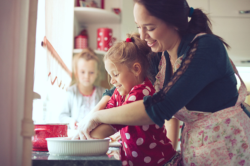 benefits of cooking with your child