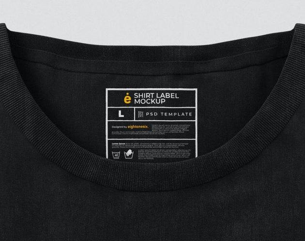 T-Shirt Label Mockup Template 3W5Q4ZN