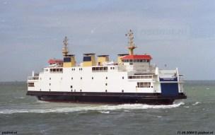 De pirouette werd voor het eerst uitgevoerd op 14 maart 2003, de laatste dag dat de PSD auto's vervoerde. Als eerbetoon aan 137 jaar PSD draaiden de schepen om hun as midden op de Westerschelde.