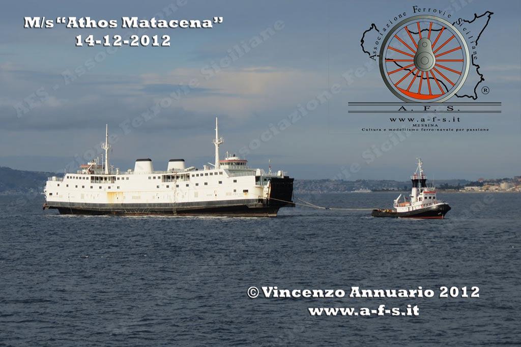De laatste reis van de Athos Matacena (Prins Willem-Alexander, 1970) naar een sloopstrand in Turkije. Op deze foto is de veerboot te zien voor Reggio di Calabria.