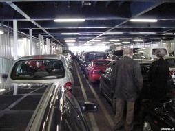 Het bovenste autodek van de Prins Johan Friso was goed voor 106 personenauto's.