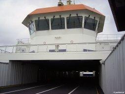 Het autodek bleef leeg na 14 maart 2003. De veerboot Prins Johan Friso vaart hier voor BBA Fast Ferries.