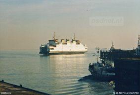 De Koningin Beatrix was geen eigendom van de PSD, maar van 'BV Veerboot Westerschelde', een speciaal opgerichte zusteronderneming van De Schelde. Op 31 december 1997 wordt de Koningin Beatrix toch eigendom van de PSD.