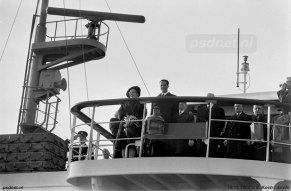 Meerdere keren is de Prinses Margriet gebruikt als koninklijk jacht, bijvoorbeeld bij de opening van het vernieuwde Kanaal van Gent naar Terneuzen in 1968. Ook de Belgische koning zien we op de brug staan.