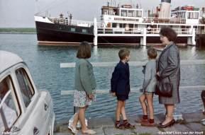 Hoedekenskerke met veerboot