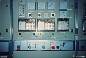De firma Bakker Sliedrecht zorgde samen met Rietschoten & Houwens voor de installatie van de technische systemen op de Zeeuwse veerboot Koningin Beatrix (1993).