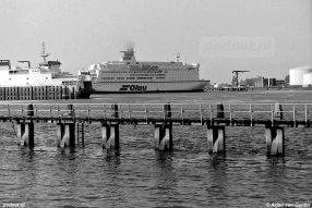 Naast de PSD-veerdienst naar Breskens had Vlissingen met Olau ook een veerdienst naar Engeland.