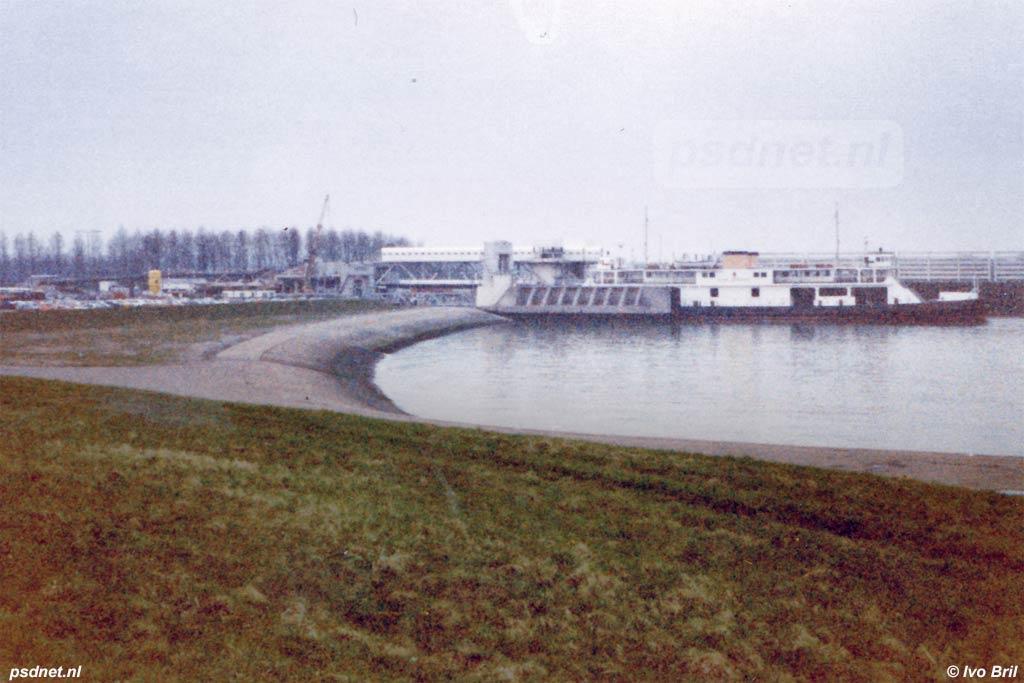 De Prins Bernhard in de veerhaven van Breskens
