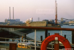 Een foto van een meeuw op de reling van de PSD-veerboot Prinses Margriet in Vlissingen. Foto: © Wessel Vermeulen