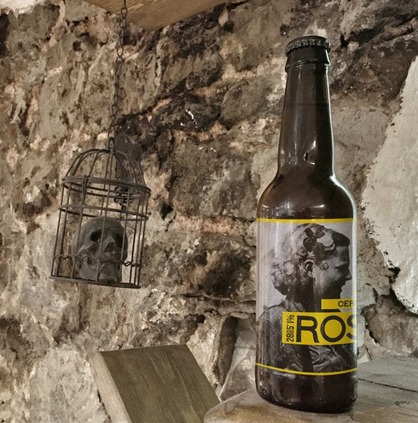 Free Beer Bottle Mockup Skull