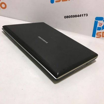 Samsung Laptop – Intel Core 2 duo with dedicated graphics – 4GB Ram -160GB HDD – Lovely Shape