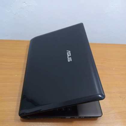 Asus K52F Laptop – Intel core i3 – 500GB HDD- 4GB Memory – 2.40ghz – windows 10
