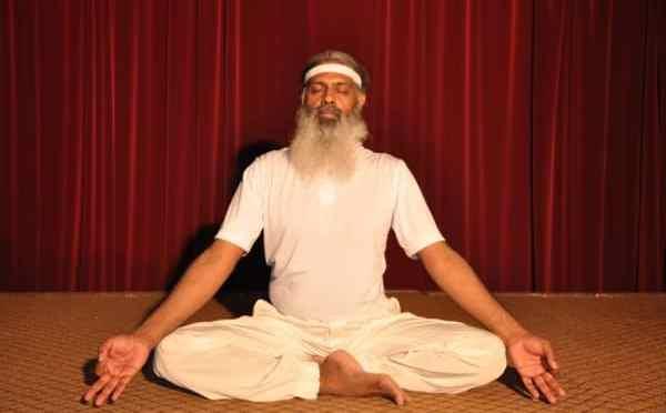 Pseudocast #142 – Meditujúci guru, ochrana sluchu, Turingov test