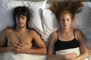 Coppia in crisi a letto