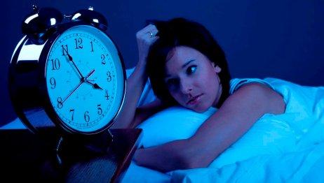 Afrontar la muerte y el duelo en tiempos de coronavirus nos puede provocar insomnio