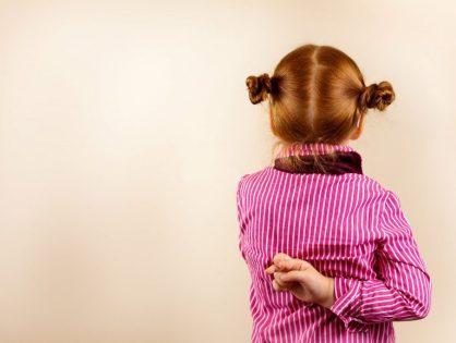 Da li brinuti oko dečjih laži?