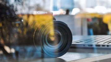 Why Video Makes Sense For Financial And Professional Service Firms