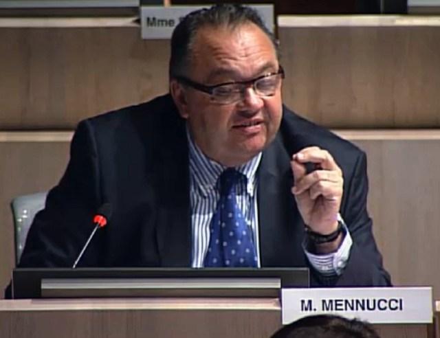 Patrick Mennucci s'interroge sur les dimensions du Stade Delort