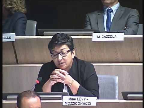 Annie Levy-Mozziconacci sur les travaux enfin entrepris dans les écoles