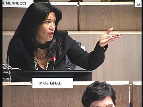 Samia Ghali défend l'accès à la mer dans les quartiers nords