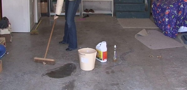 tips-cleaning-garage-floors-800x800