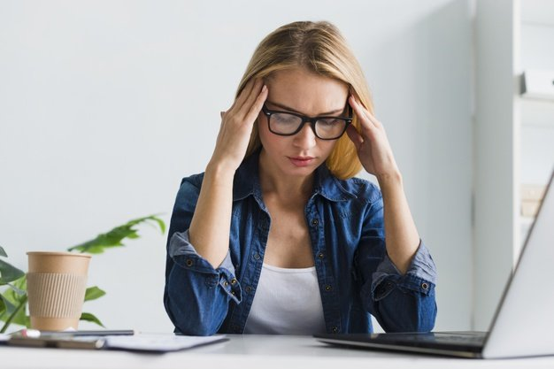 woman stress at work
