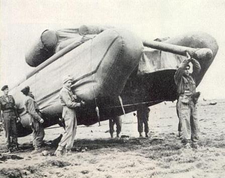 InflatableTank.jpg (31248 bytes)