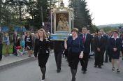 Obraz niesie delegacja Rady Parafialnej