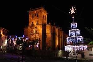 Iluminação e decoração de Natal em Torre de Moncorvo/ Foto: Direitos Reservados