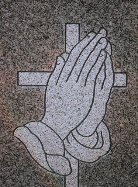 praying hands, praying for peace