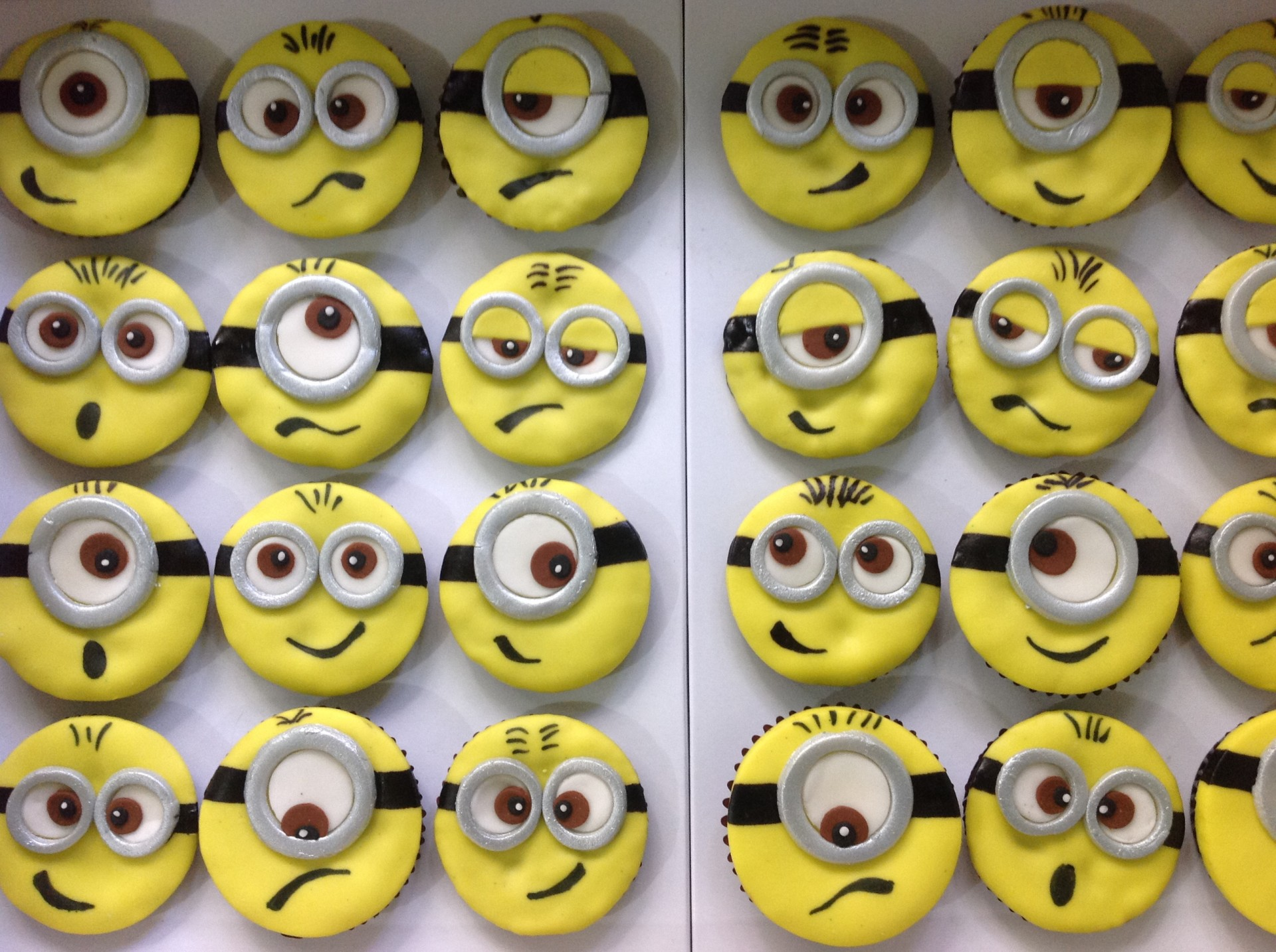 Minion Cupcakes Free Stock Photo Public Domain Pictures