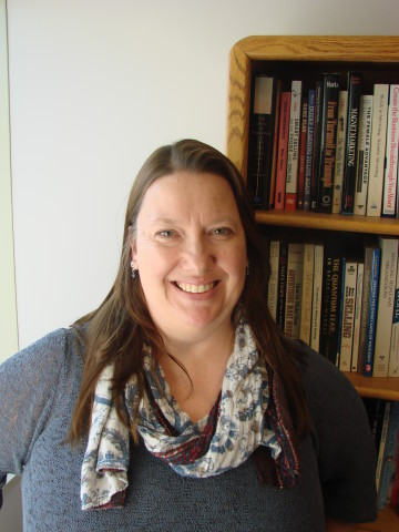 A writer with a science background and a passion for online marketing