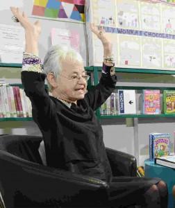 Jacqueline Wilson surrenders hands up storytime