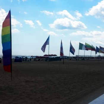 Flags-on-a-Beach-2