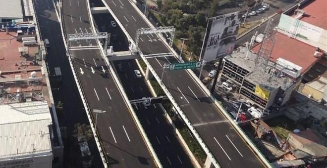 Viaducto elevado de la Autopista Urbana Norte de OHL México.