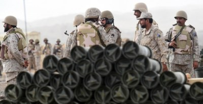 Soldados saudíes en una posición cercana a la frontera con Yemen. AFP PHOTO/FAYEZ NURELDINE