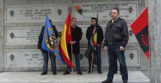 Sinforiano Bezanilla, líder de la Asociación cultural Alfonso I de Cantabria, durante un homenaje a la División Azul.- MEMORIA BLAU