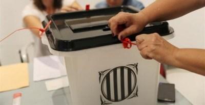 Urna del referèndum de l'1-O. REUTERS