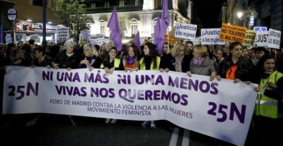 Cabecera de la marcha del 25N de Madrid | EFE