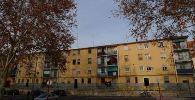 Vista general de que la entidad pretende desahuciar en el barrio de Alamín en Guadalajara.