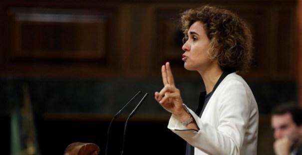 La ministra de Sanidad, Dolors Montserrat, durante su intervención en el Pleno del Congreso en el debate del proyecto de Ley de Presupuestos Generales del Estado de 2018. EFE/Chema Moya