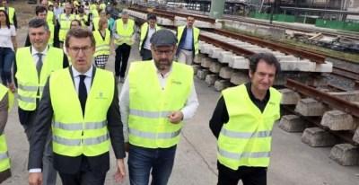 Feijóo durante la visita a las obras de la estación intermodal de Santiago de Compostela | EFE/Xoan Rey