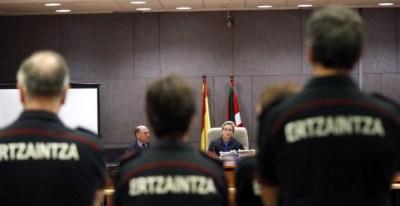 Juicio por la muerte de Iñigo Cabacas por una pelota de goma de la ertzaina en 2012 | EFE