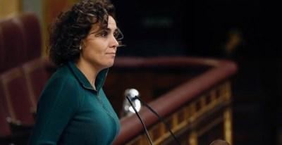 La portavoz del Grupo Popular en el Congreso, Dolors Montserrat, hoy durante su intervención ante el Pleno del Congreso de los Diputados. EFE/J.P.Gandul