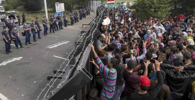 Las políticas de la UE se han centrado en la militarización y defensa de las fronteras. REUTERS