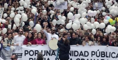 'Spiriman', durante una manifestación en Granada. - EFE