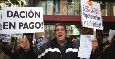 Una manifestación contra los desahucios. EFE