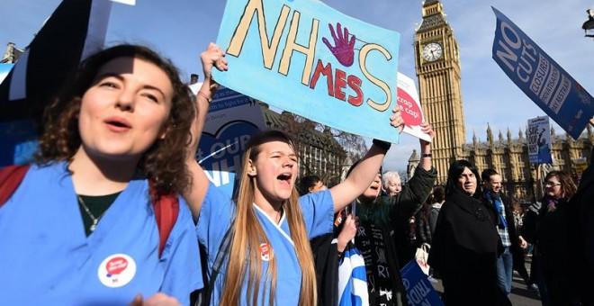 Gran manifestación en Londres en defensa de la sanidad pública británica. /EFE