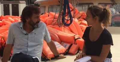 Entrevista a Oscar Camps, de Proactiva Open Arms, por Esperanza Escribano