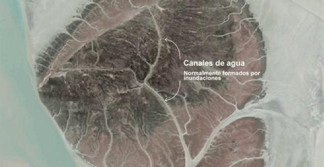 Imagen de la isla y sus canales de agua, formados por inundaciones. - PLANET LABS / REUTERS